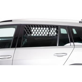 Trixie / Трикси Решётка вентиляционная на окно машины для собак, 30–110 см, чёрная